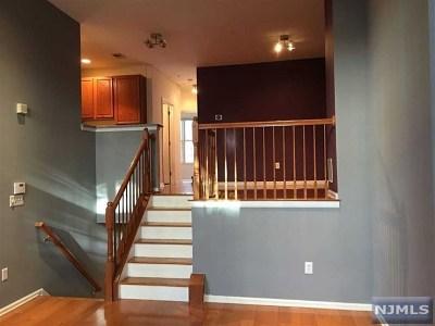 West New York Condo/Townhouse For Sale: 343 Oswego Court