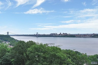 Fort Lee Condo/Townhouse For Sale: One Horizon Road #1006