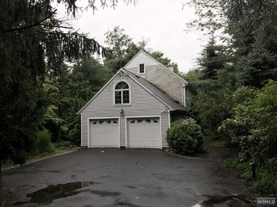 Woodcliff Lake Single Family Home For Sale: 27 Glen Road