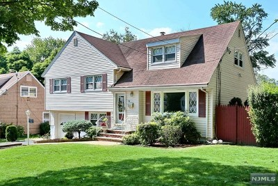 Teaneck Single Family Home For Sale: 78 Hirliman Road