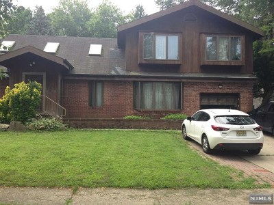 River Edge Single Family Home For Sale: 327 Wales Avenue