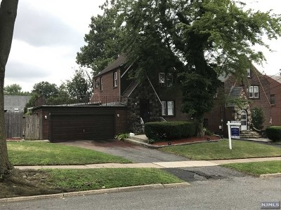 Hackensack NJ Single Family Home For Sale: $479,900