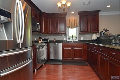 Allendale Condo/Townhouse For Sale: 2002 Whitney Lane