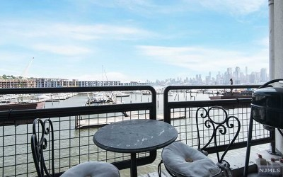 Weehawken NJ Condo/Townhouse For Sale: $699,000