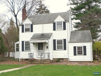 Maywood NJ Single Family Home For Sale: $309,000