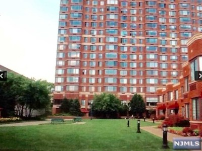 Fort Lee Condo/Townhouse For Sale: 100 Old Palisade Road #3013