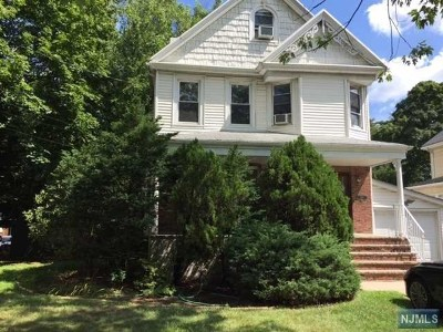 Closter Single Family Home For Sale: 369 Closter Dock Road