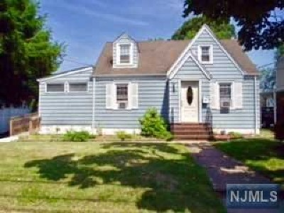Englewood Single Family Home For Sale: 113 Belmont Street