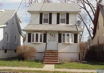 Englewood Single Family Home For Sale: 161 Warren Street