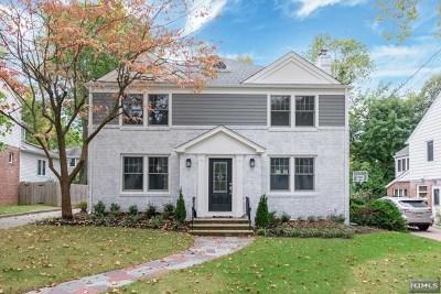 Teaneck Single Family Home For Sale: 580 Rutland Avenue