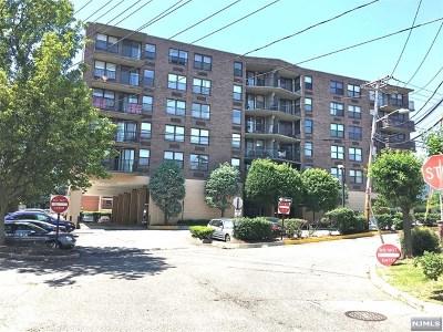 Cliffside Park NJ Condo/Townhouse For Sale: $338,000
