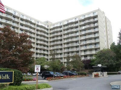Edgewater Condo/Townhouse For Sale: 1055 River Road #S307