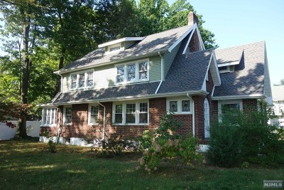 Teaneck Single Family Home For Sale: 248 Van Buren Avenue