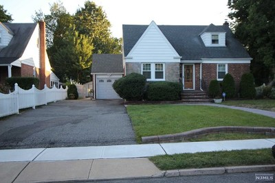 Englewood Single Family Home For Sale: 348 Levinsohn Place
