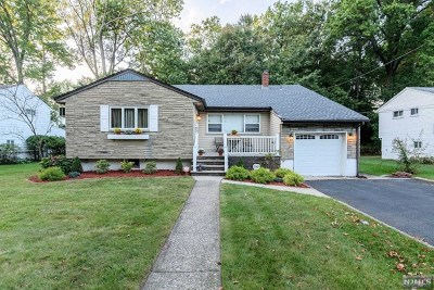 New Milford Single Family Home For Sale: 592 Columbia Street