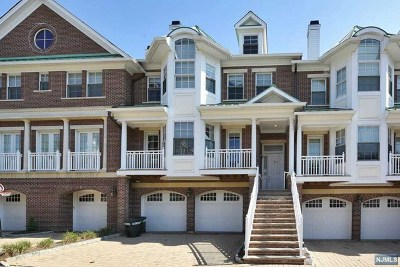 Tenafly Condo/Townhouse For Sale: 902 Heights Lane