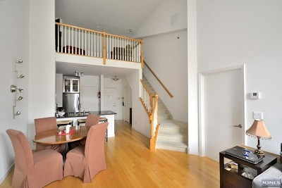 West New York Condo/Townhouse For Sale: 24 Ave At Port Imperial #410
