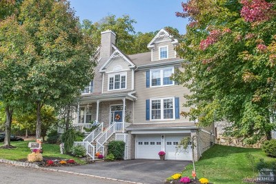 Oakland Single Family Home For Sale: 39 Skytop Ridge