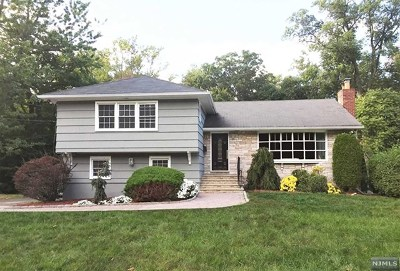 Englewood Single Family Home For Sale: 410 Whitewood Road