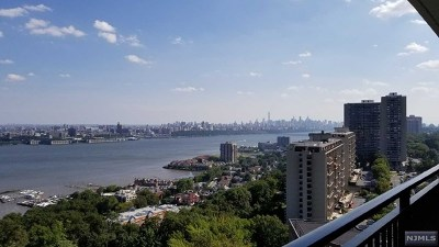 Fort Lee Condo/Townhouse For Sale: 1500 Palisade Avenue #17e