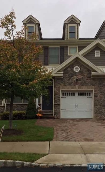 Allendale Condo/Townhouse For Sale: 2003 Whitney Lane
