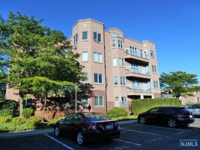 Edgewater Condo/Townhouse For Sale: 406 Penn Court #406