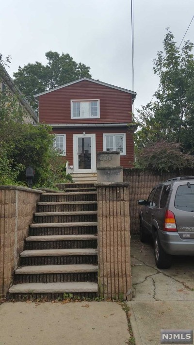 Cliffside Park Single Family Home For Sale: 338 Gorge Road