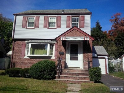 Englewood Single Family Home For Sale: 427 Tryon Avenue