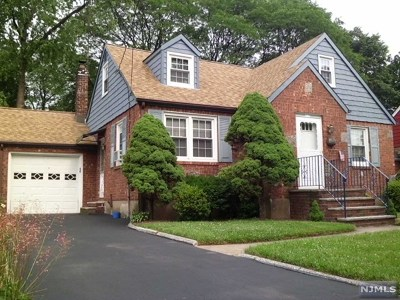 New Milford Single Family Home For Sale: 315 Salem Street