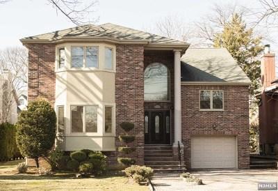 Fort Lee Single Family Home For Sale: 1129 Abbott Boulevard