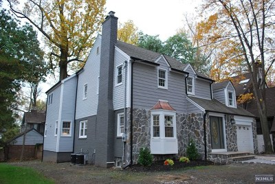 Teaneck Single Family Home For Sale: 296 Churchill Road