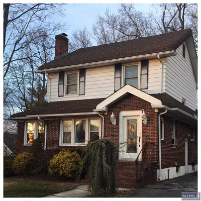 Teaneck Single Family Home For Sale: 363 Johnson Avenue