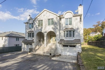 Englewood Condo/Townhouse For Sale: 457 Grandview Avenue #B