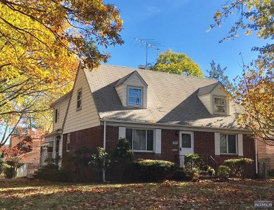 Teaneck Single Family Home For Sale: 799 George Street