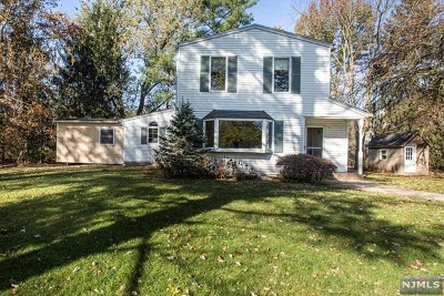 New Milford Single Family Home For Sale: 626 Columbia Street