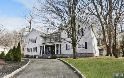 Tenafly Single Family Home For Sale: 76 Leroy Street