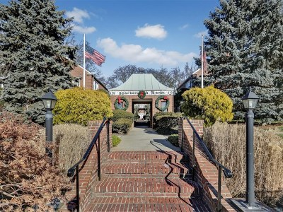 Englewood Condo/Townhouse For Sale: 151 East Palisade Avenue #E5