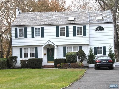 Tenafly Single Family Home For Sale: 21 Kenwood Road