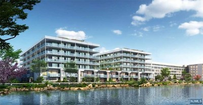 Edgewater Condo/Townhouse For Sale: 3 Somerset Lane #303