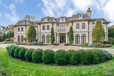Englewood Cliffs Single Family Home For Sale: 78 Roberts Road
