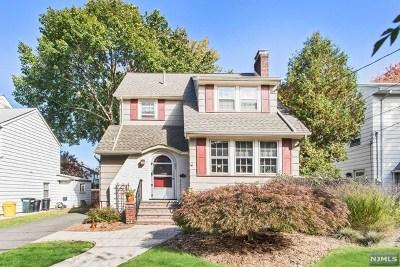 Teaneck Single Family Home For Sale: 391 Sagamore Avenue