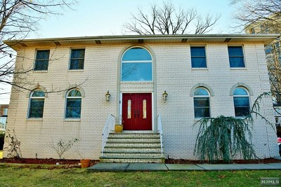 Fort Lee Single Family Home For Sale: 2 State Rt 5