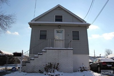 Little Ferry Single Family Home For Sale: 33 Grove Street