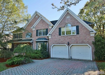 Wyckoff Single Family Home For Sale: 203 Sunrise Drive
