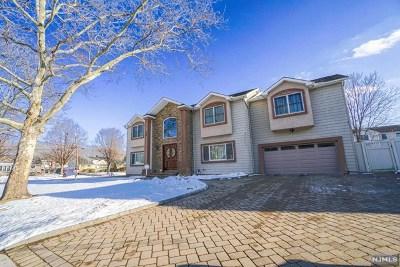 Paramus Single Family Home For Sale: 128 Owen Place