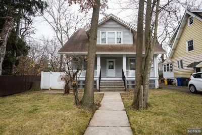 Englewood Single Family Home For Sale: 115 Reis Avenue