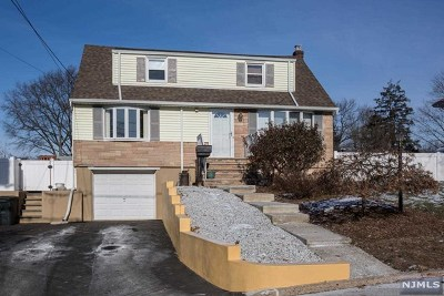 New Milford Single Family Home For Sale: 515 James Street