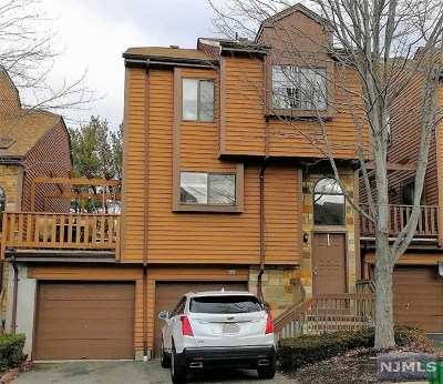 Rockaway Township Condo/Townhouse For Sale: 23 Independence Way