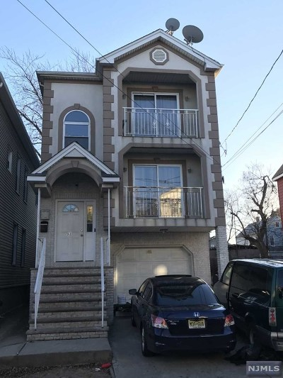 Elizabeth NJ Multi Family 2-4 For Sale: $439,000