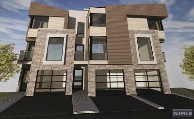 Cliffside Park Condo/Townhouse For Sale: 136 Pine Street #B
